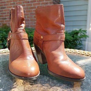 Bandolino Harness Boots 8 Leather EUC